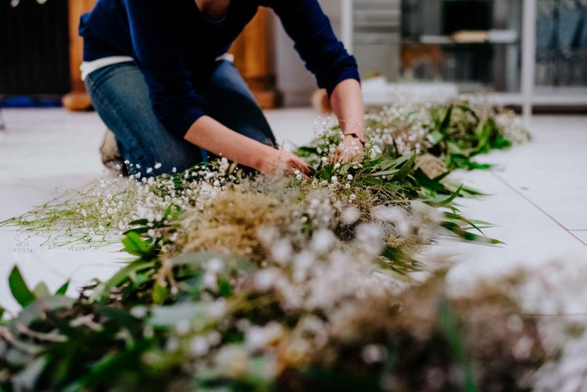 What Do You Need to Know About Wedding Florists?